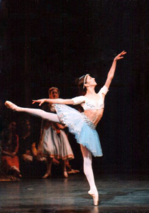 Sandra Brown in the Odalisque pas de trois in Le Corsaire with American Ballet Theatre