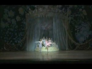 "Clips of Oregon Ballet Theatre performing ""George Balanchine's The Nutcracker™"""