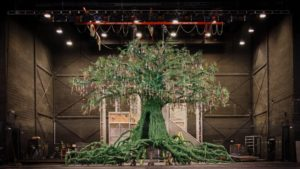 Stagecraft Magic: The Winter's Tale Tree | 2017 | The National Ballet of Canada