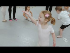 Dance with Me – Classes for ages 18 months to 2 years