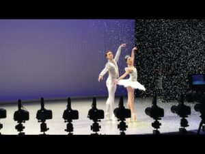 SPOTLIGHT | The Nutcracker's Snow Scene